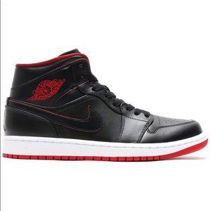 Jordan Retro 1 Bred Black/ Red Size 11